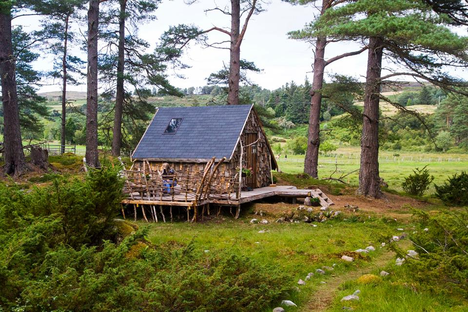 A cabin in the woods- A beautifully quirky honeymoon spot in the Scottish Highlands